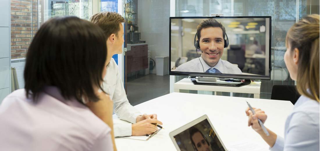 Cómo dirigir equipos virtuales sin morir en el intento