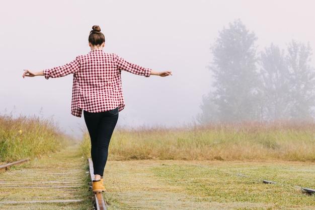 """Conecta-te: El potencial que hay en ti TÉCNICAS PARA SACAR TU MEJOR """"YO"""" Trabaja tus creencias, mejora tu vida personal y profesional"""