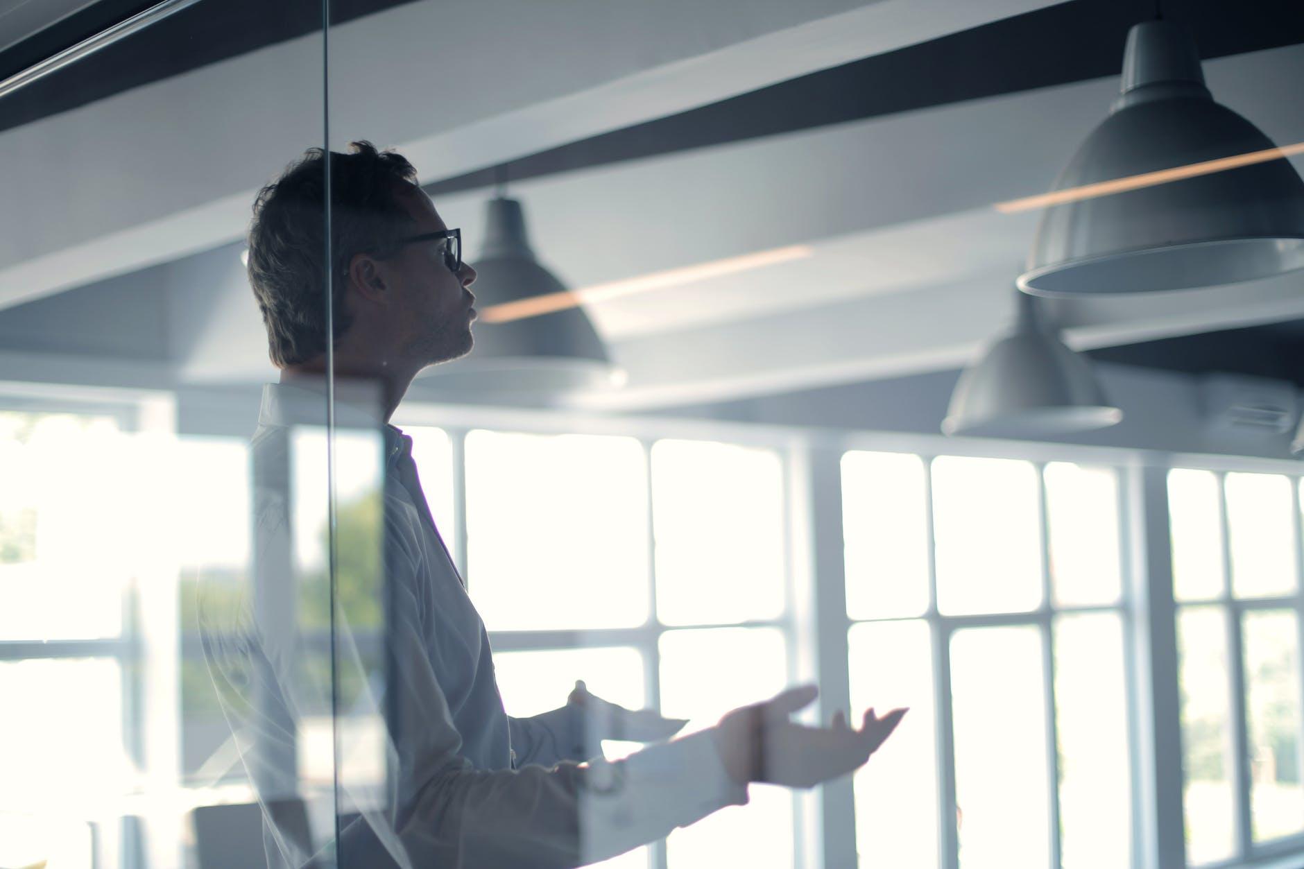 Sistematizar las bases emocionales del líder innovador: Autoconciencia y empatía
